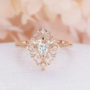 ✨Vintage Style 18K Rose Gold Ring✨